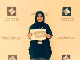 madania-teacher-became-the-runner-up-in-research-competition-international-islamic-fair-2016